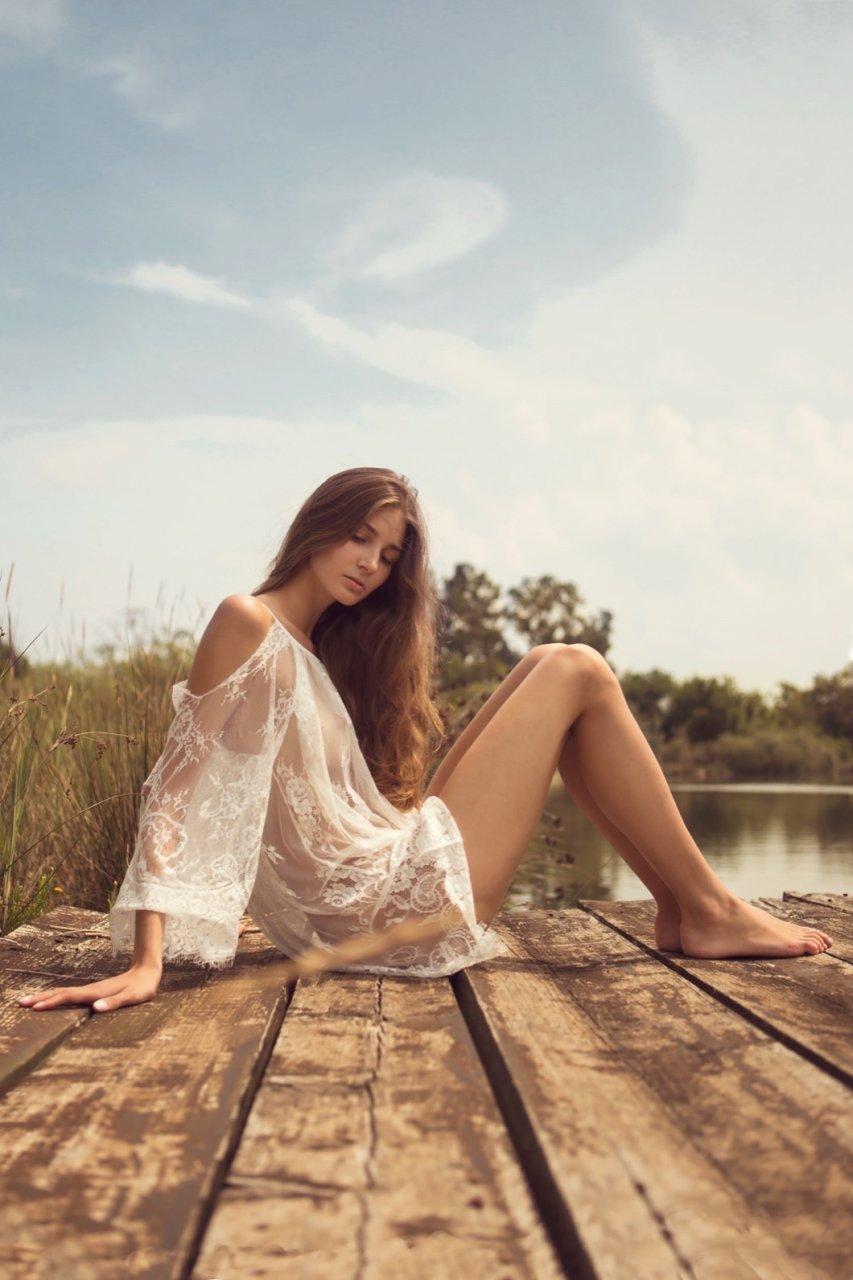 Lina Lorenza Nude (13 Photos)   #TheFappening