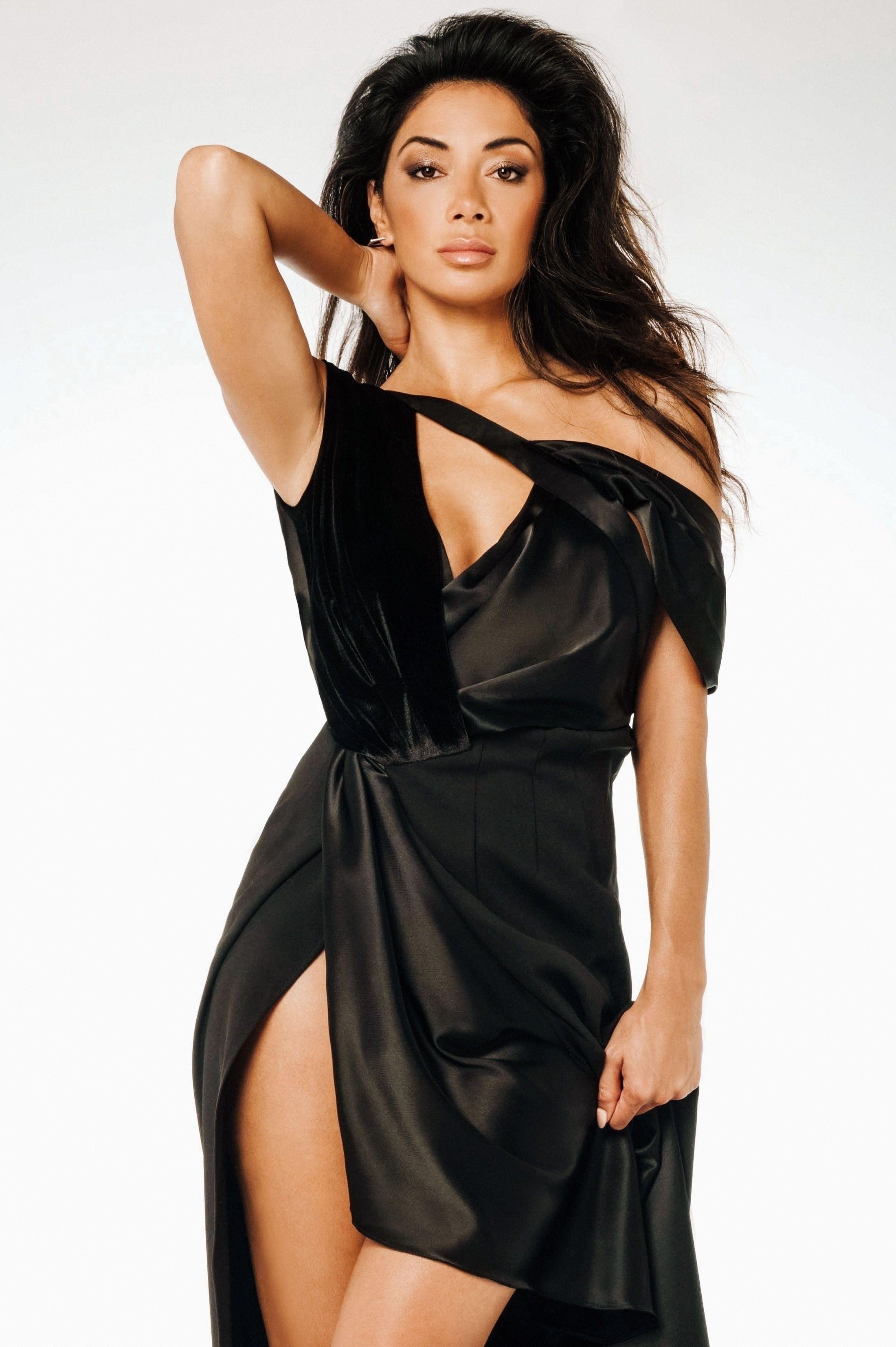 Nicole Scherzinger Sexy (4 Photos) | #TheFappening