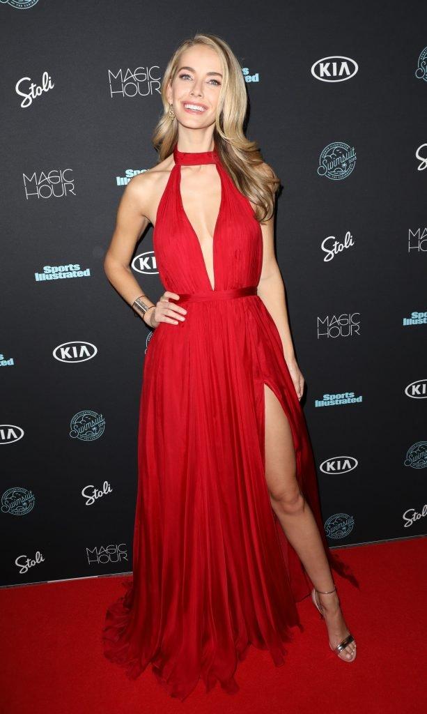 Olivia Jordan Sexy (20 Photos + Video)