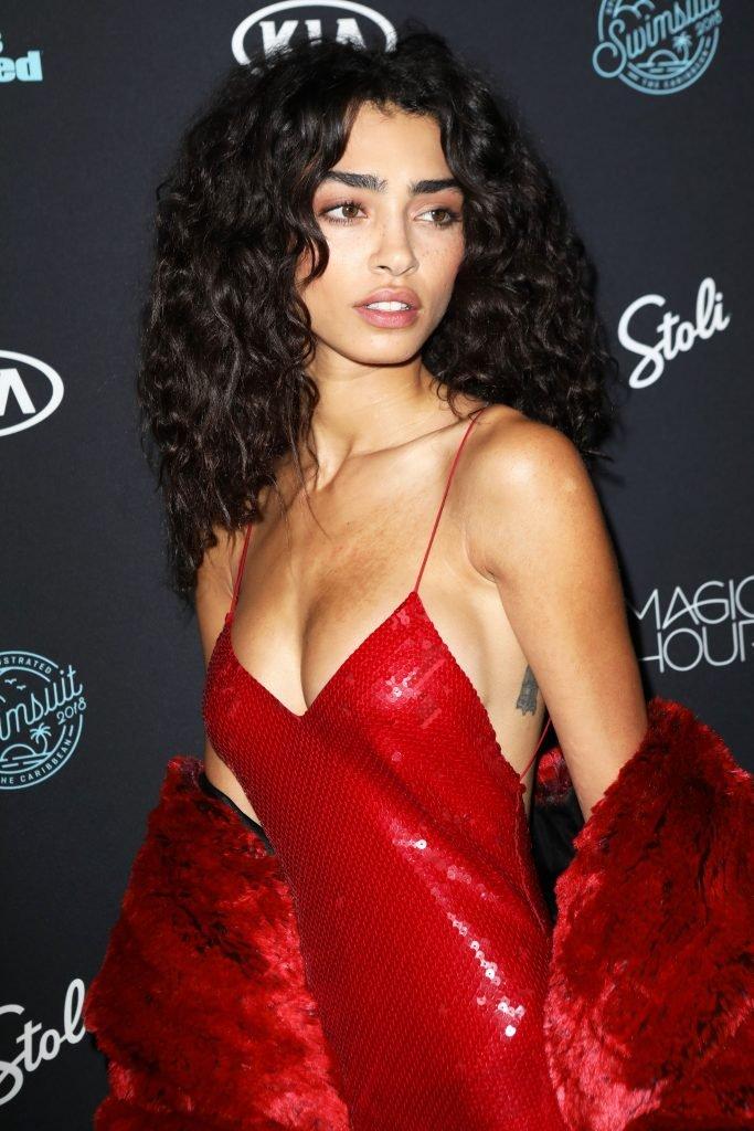 Raven Lyn Sexy (27 Photos + Gif & Video)
