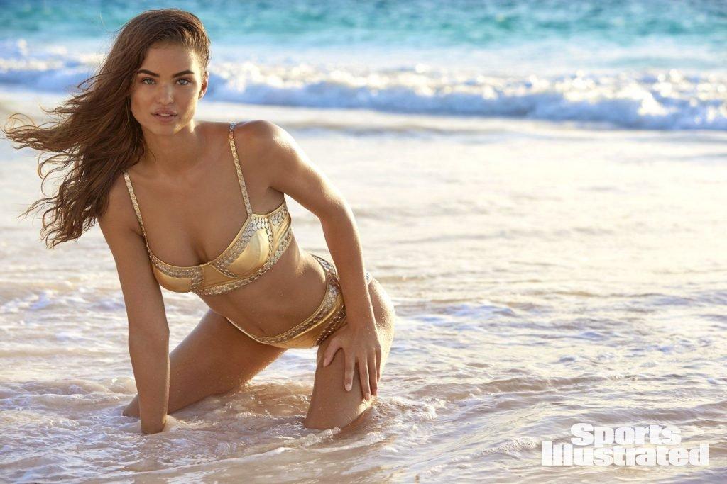 Robin Holzken – 2018 Sports Illustrated Swimsuit Issue