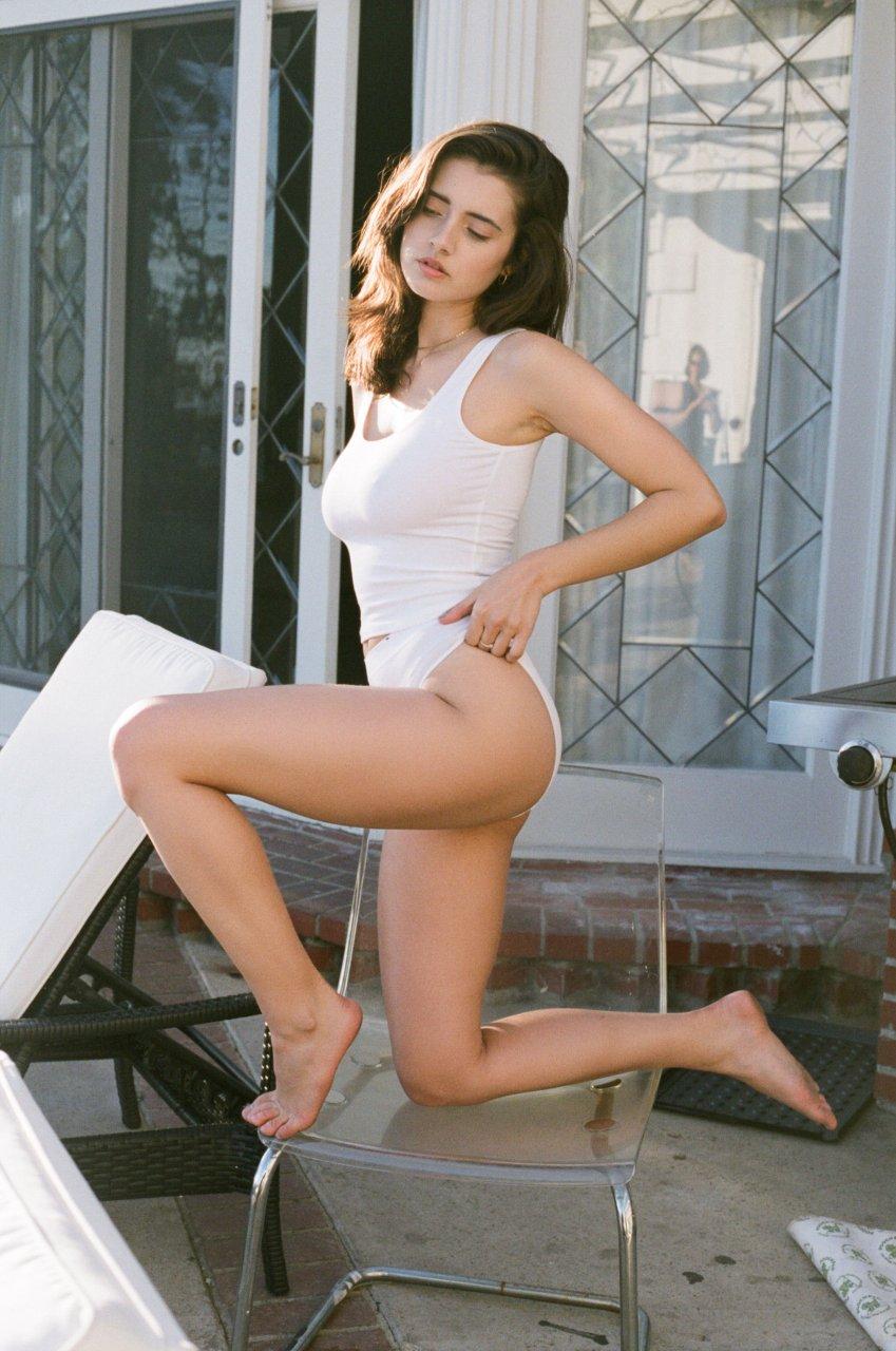 Sarah beeny nude