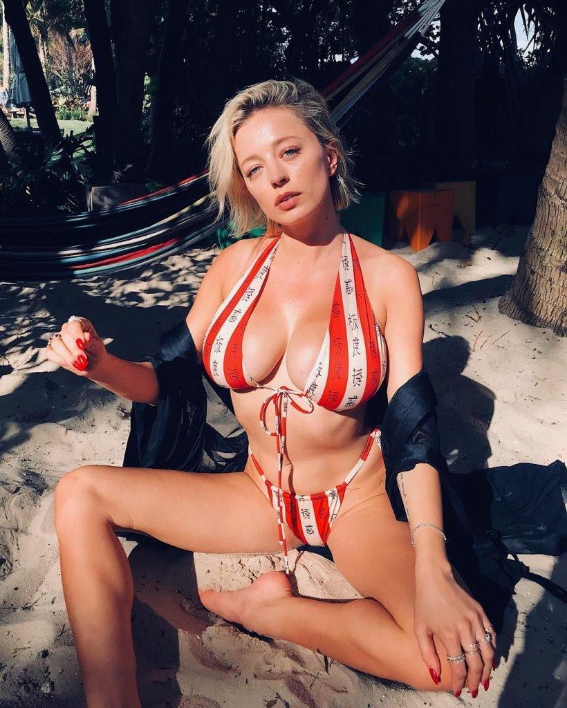 Caroline Vreeland Sexy (3 New Photos)