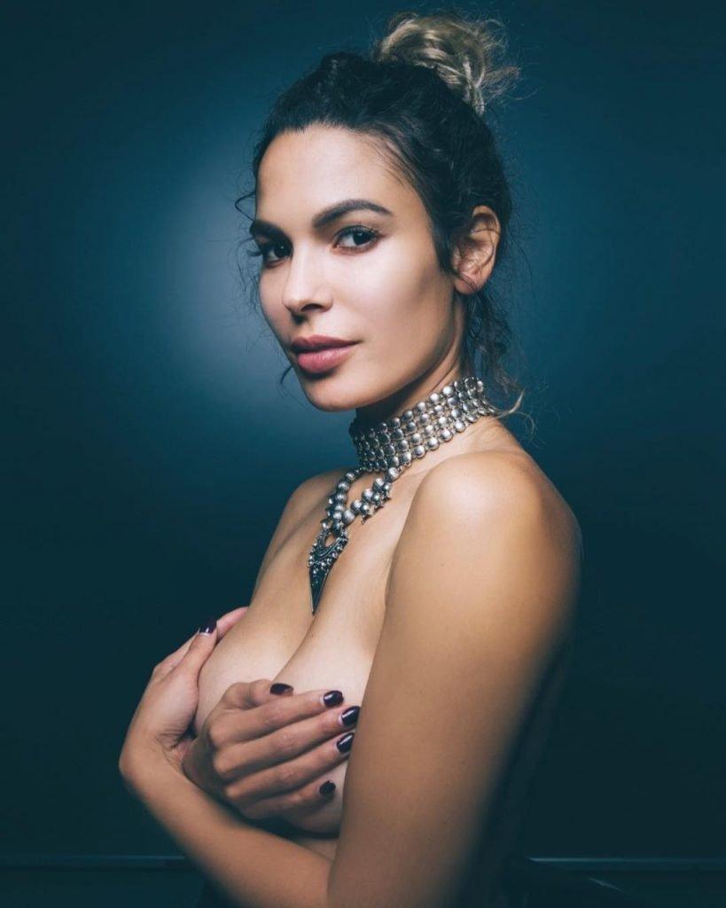 Nadine Velazquez Topless (1 Hot Photo)