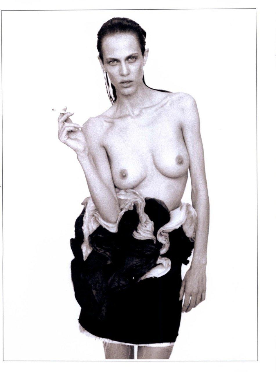 Topless Aymeline Valade nude photos 2019