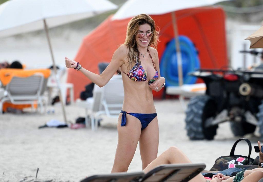 Aida Yespica Sexy (23 Photos)
