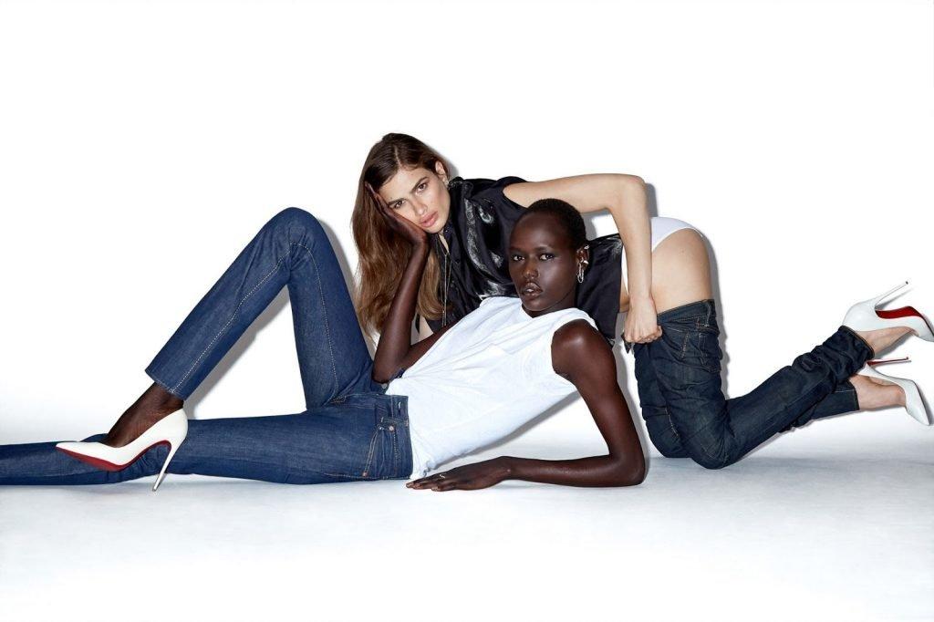 Ajak Deng Likes White Girls (9 Photos)