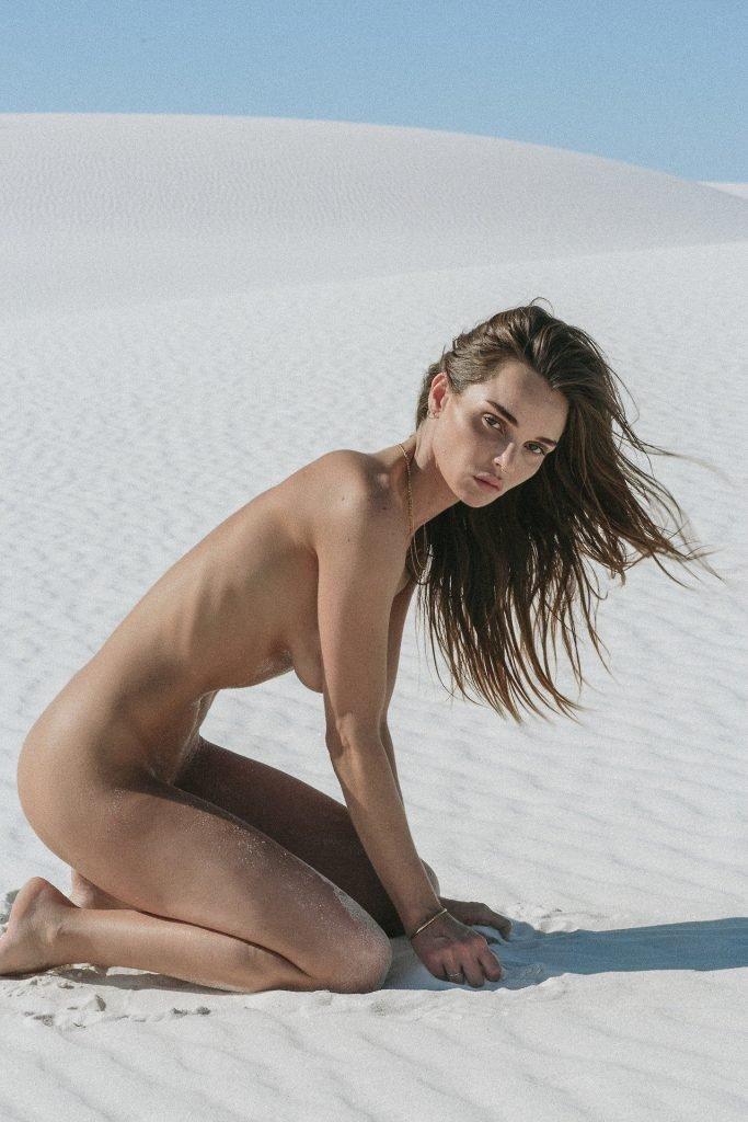 Naked allie