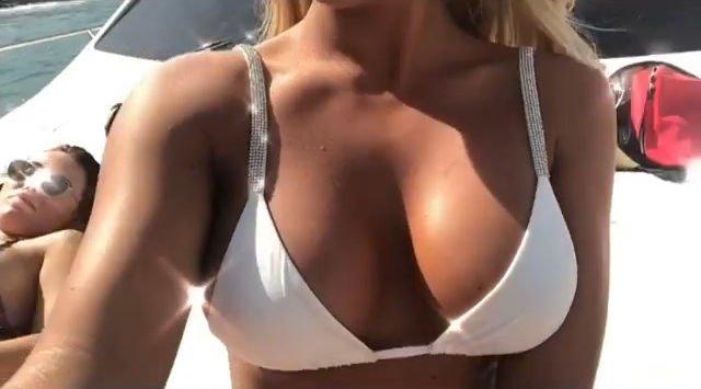 Amber Turner Soaked Up The Sun In A Sexy Bikini (17 Photos + Gifs)