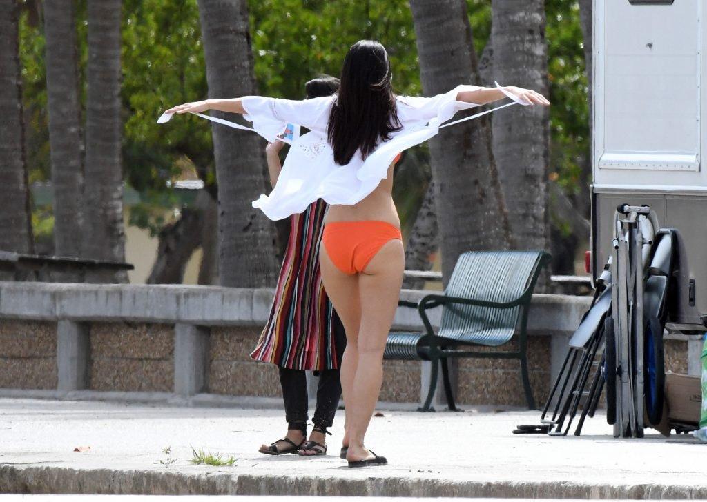 Ambra Gutierrez Sexy (23 Photos + Gifs)