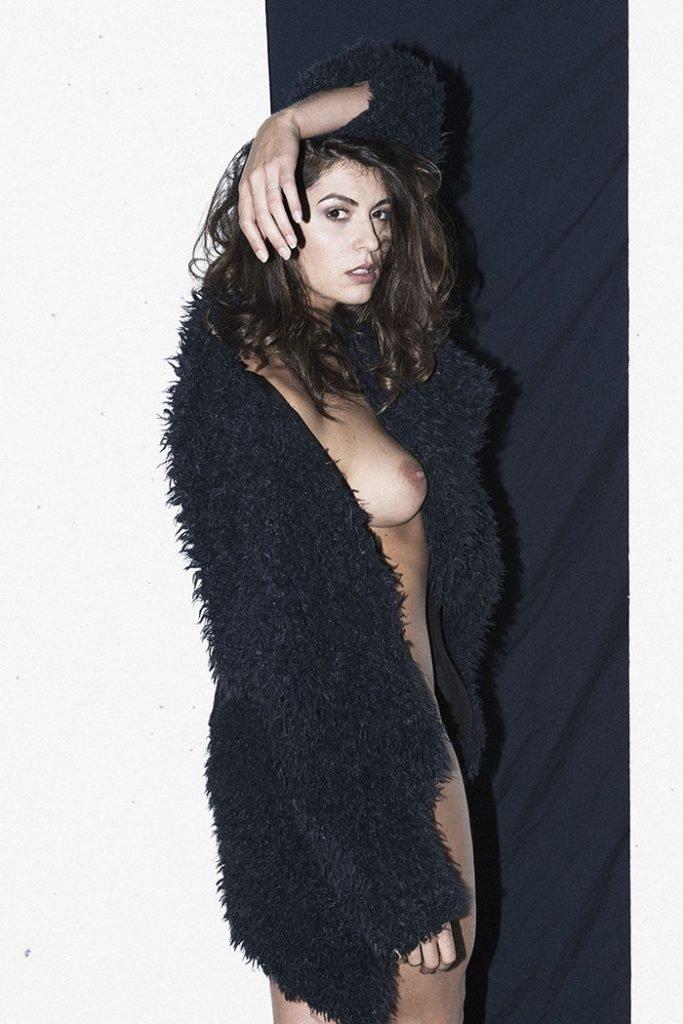 Aurelie Malta (16 Nude & Sexy Photos)