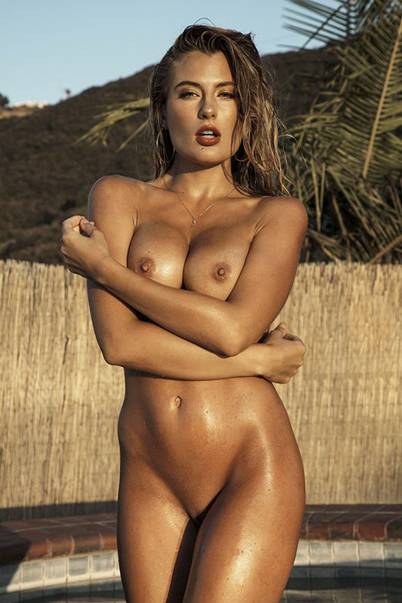 mathilda may nudes and legs open
