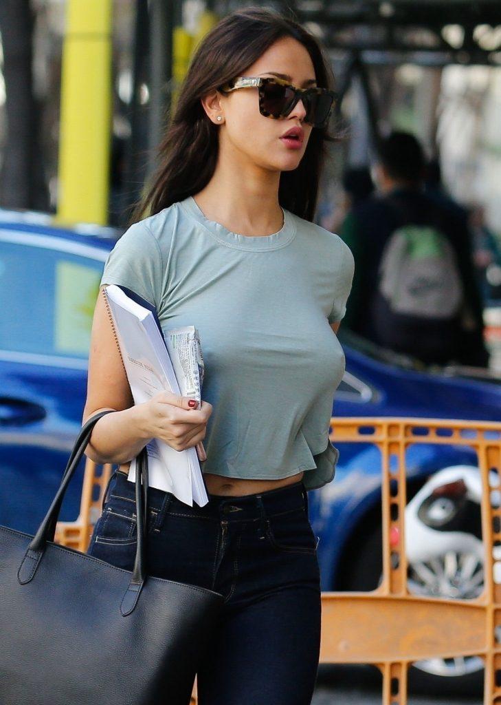 Eiza González Sexy (30 Photos)