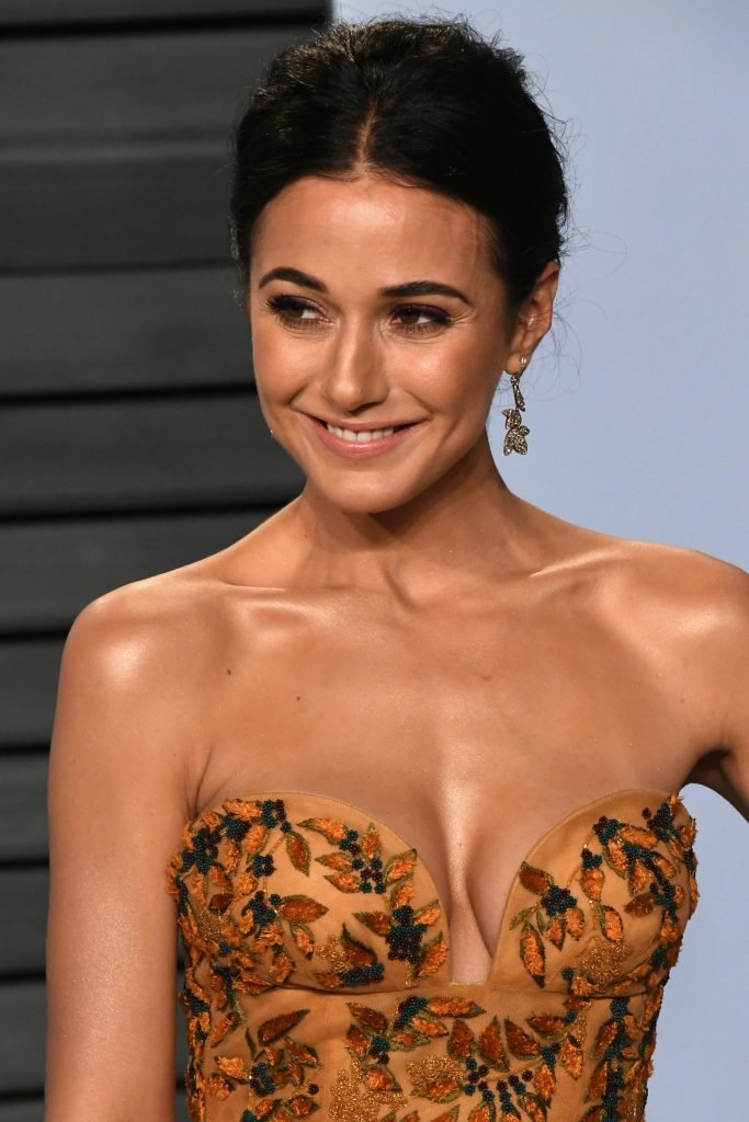 Nipple emmanuelle slips chriqui