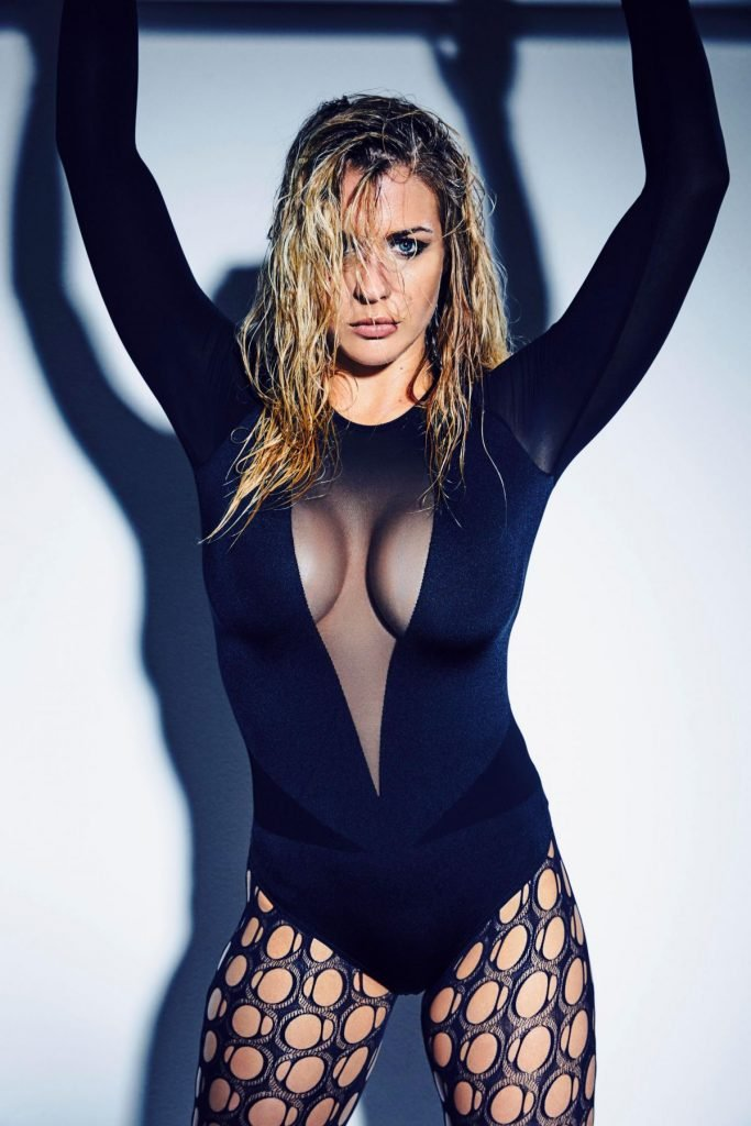 Sexy Gemma Atkinson Shows Off Her Cleavage (6 Photos)