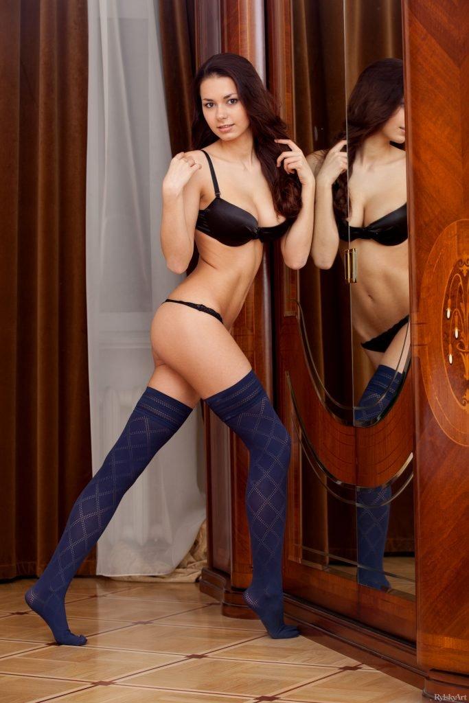 Helga Lovekaty (Chloe) Nude & Sexy (73 Photos)