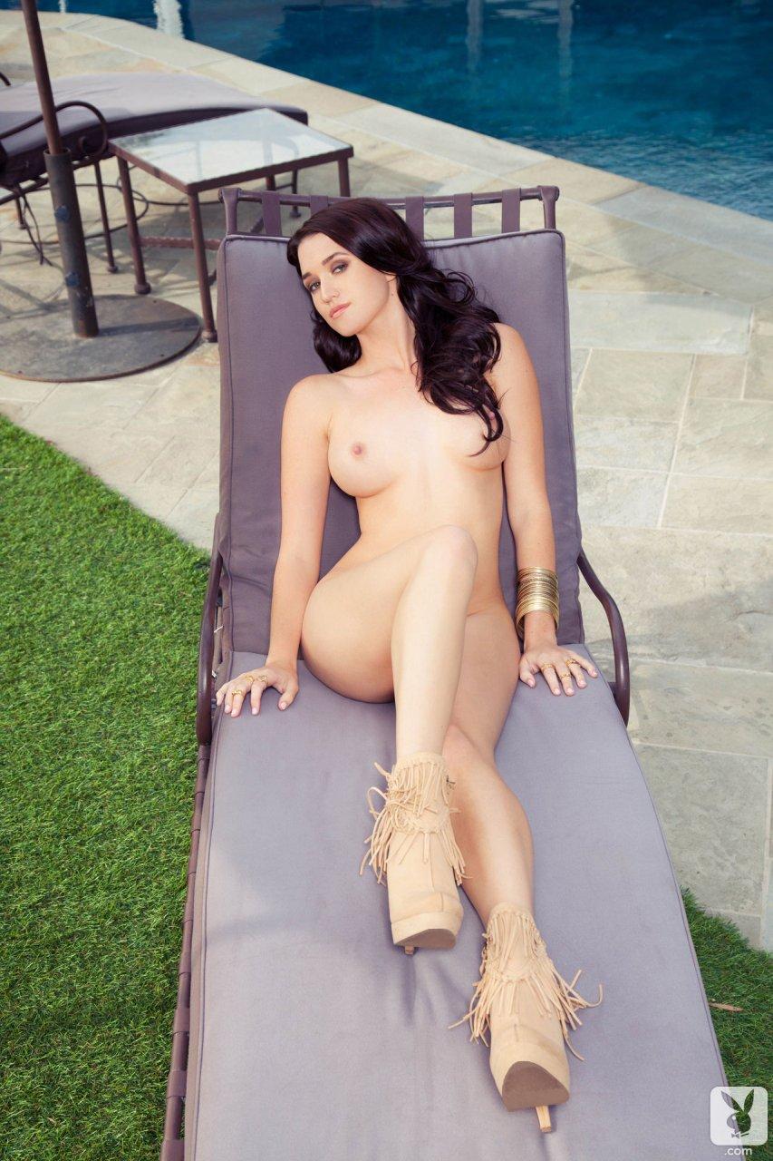 Jade nude