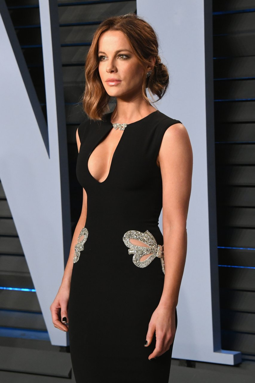 nude kate beckinsale pictures