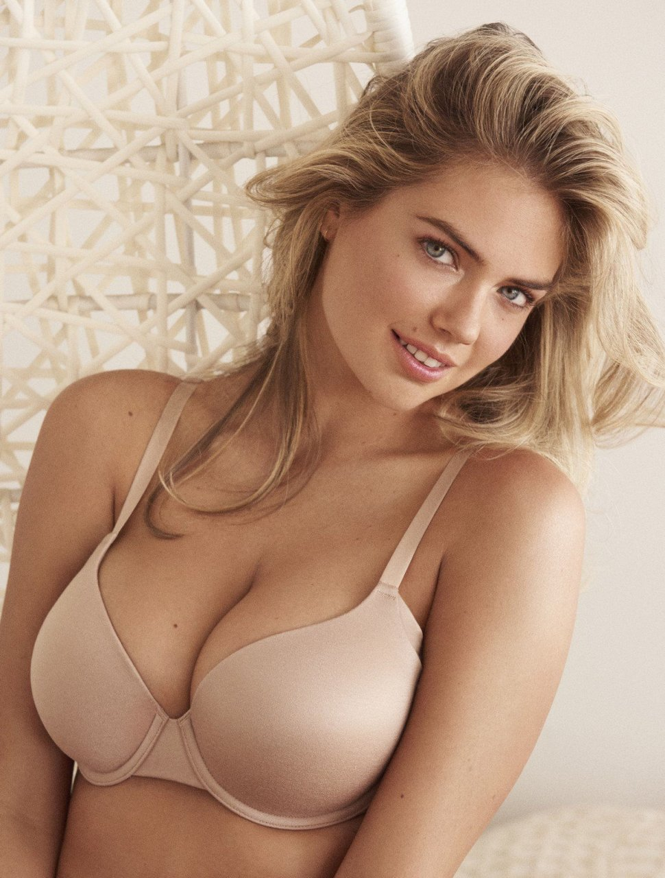 Kate Upton Sexy 36 Photos Video