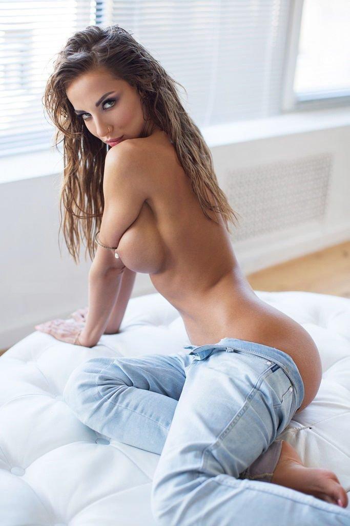 Katerina Rubinovich Nude (15 Photos)