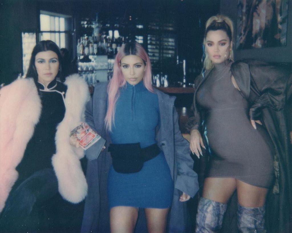 Kim Kardashian Sexy & Topless (20 Photos)