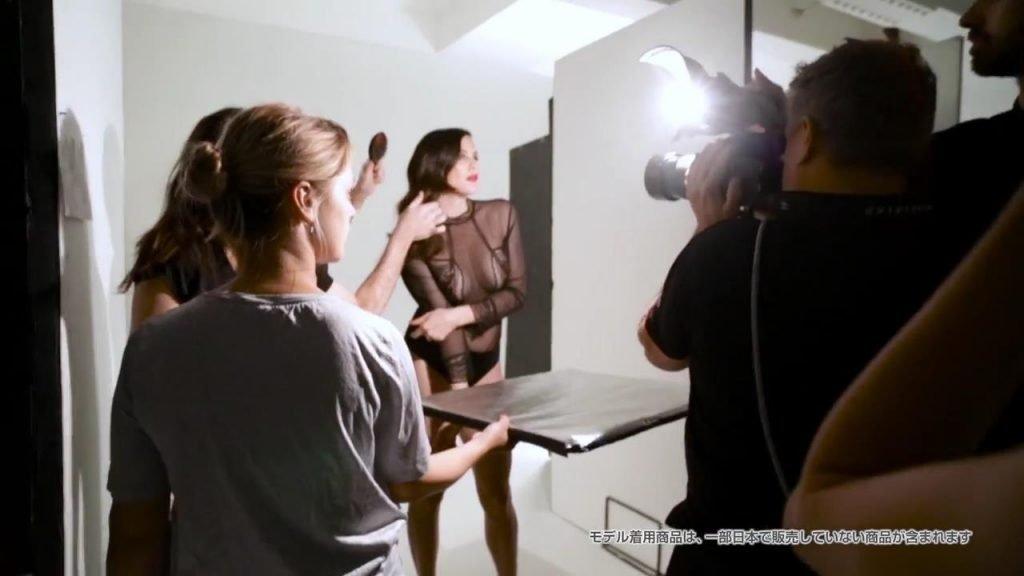 Liv Tyler Sexy (25 Photos + Video)