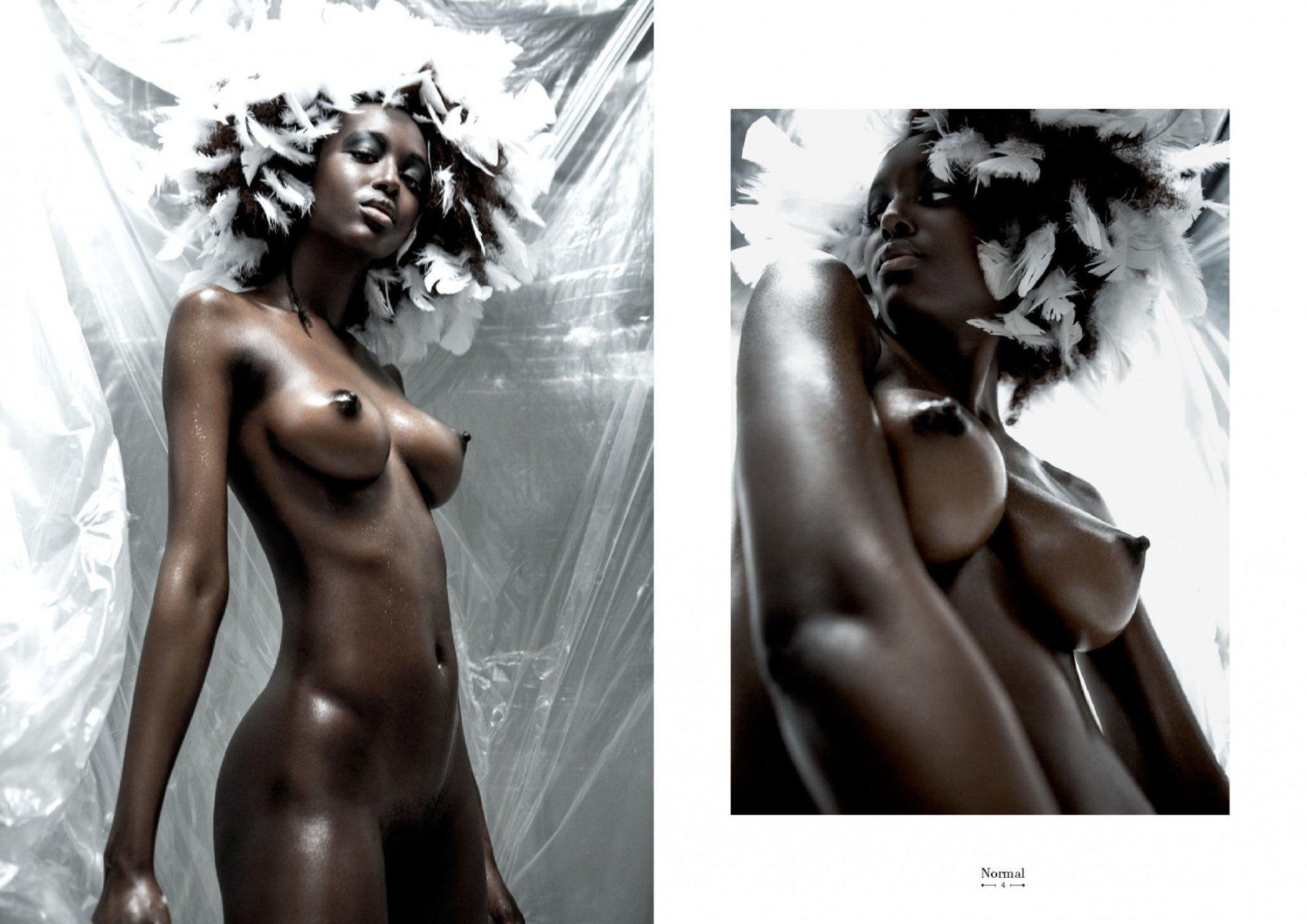 Mahreeyam jah topless nudes (16 pics)