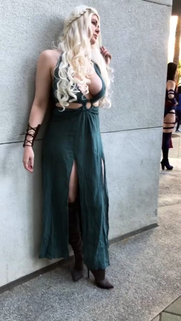 Maitland Ward Bares All In GoT Cosplay Outfit (61 Photos + Gifs)
