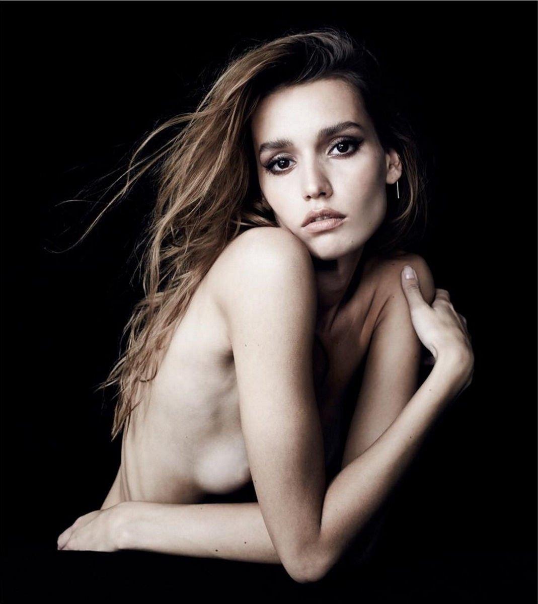 Young Topless Mariya Melnyk  nude (53 fotos), Snapchat, braless
