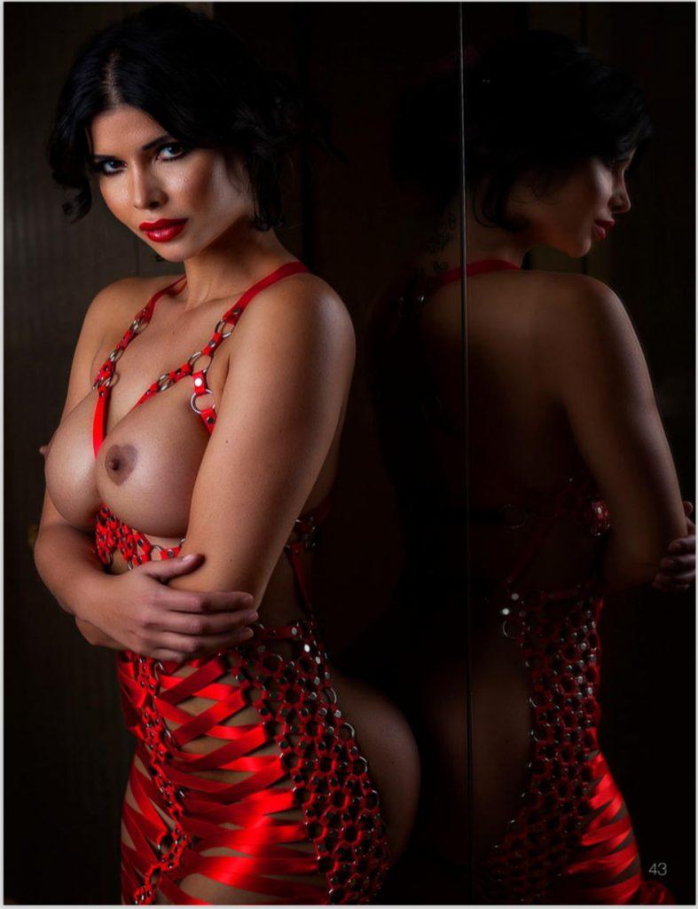 Micaela Schäfer Shows Off Her Boobs & Butt (9 Photos)