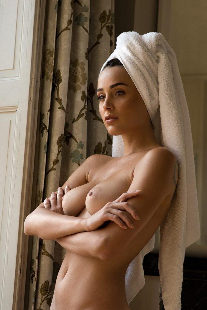 Carrie stevens nude pics