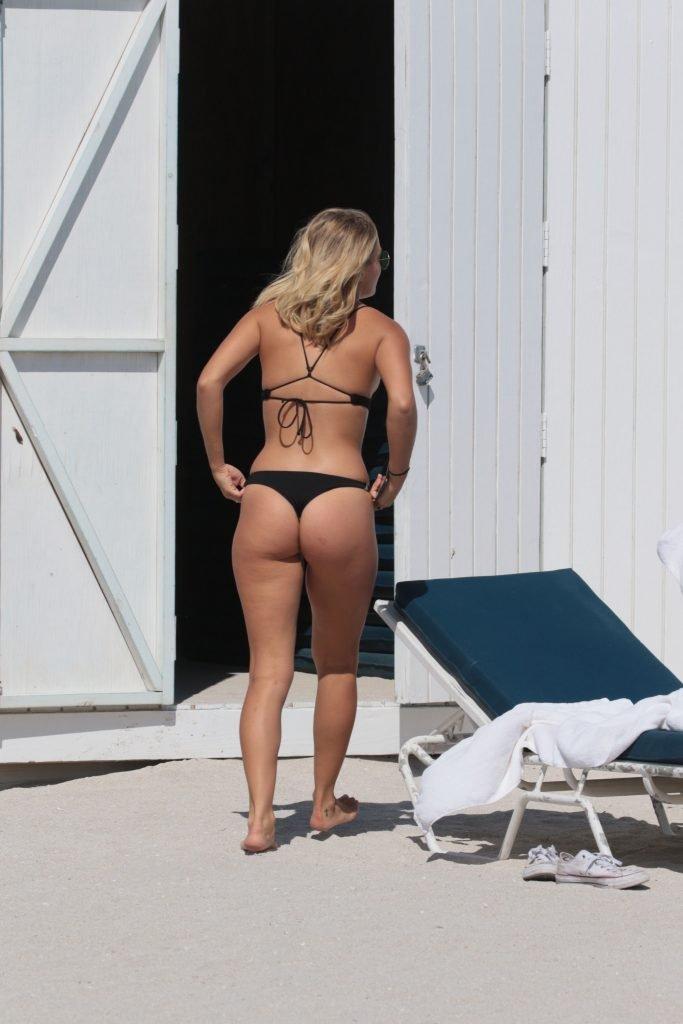 Selena Weber Sexy (36 Photos)