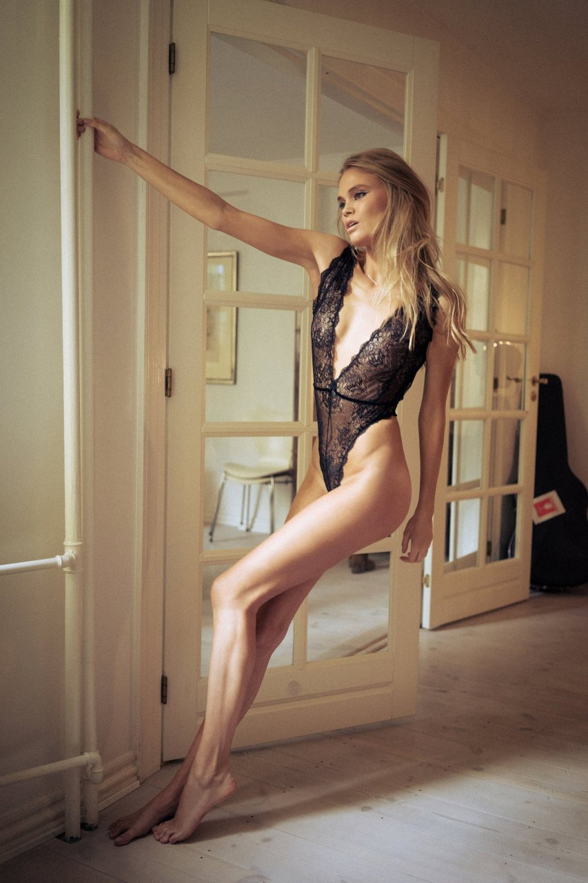 Sasha Alexander Tits Porno clip Gemma massey topless,Dalia Elliot bikini. 2018-2019 celebrityes photos leaks!