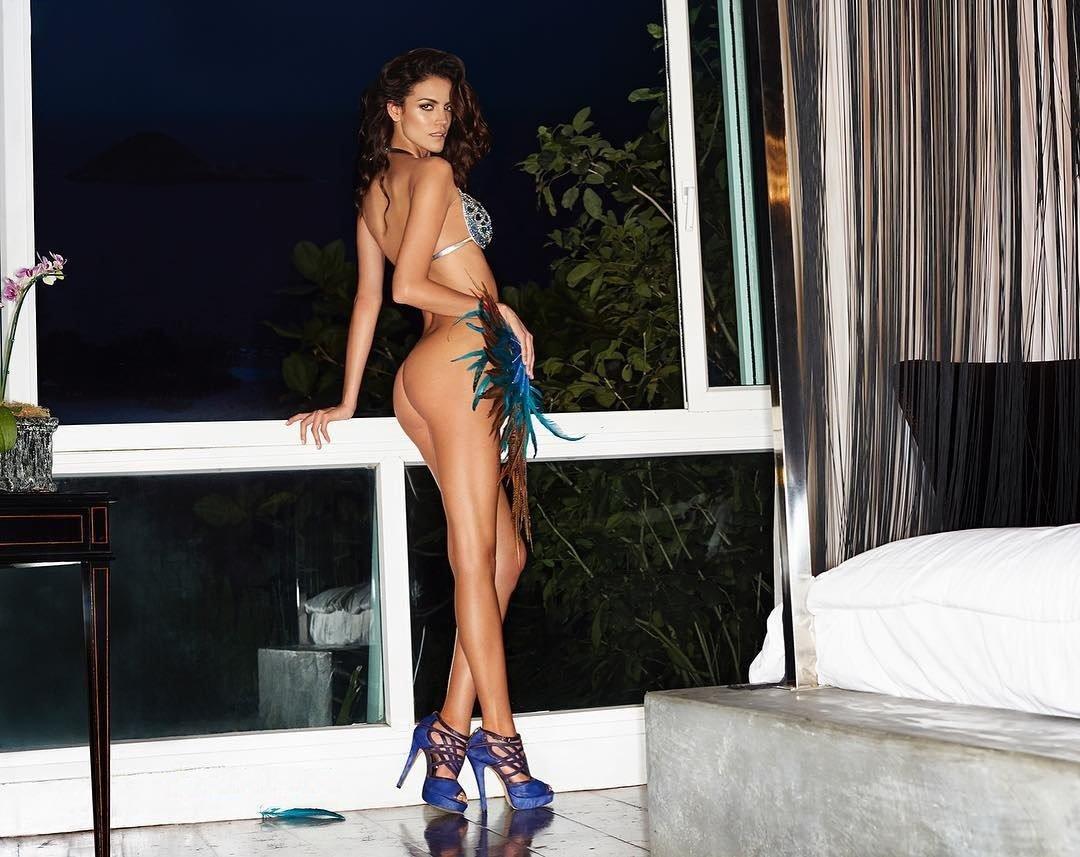 hottest naked models