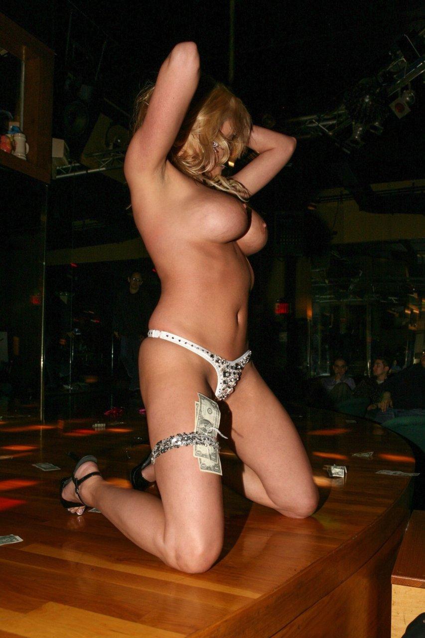 priyamani wet nude boobs