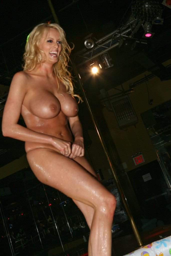 Stormy Daniels Makes Money As She Can (38 Photos)