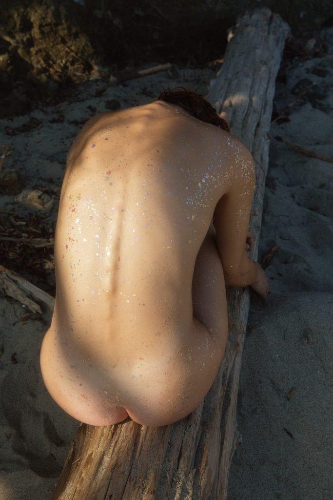 Vivien James Naked (19 Photos)