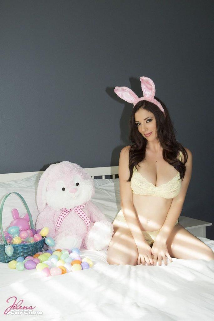 Jelena Jensen Is The Easter Bunny (11 Photos)