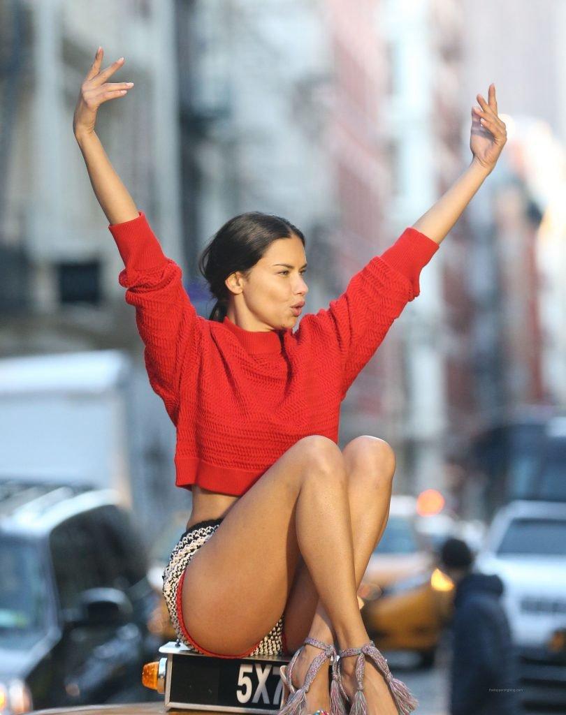 Adriana Lima Sexy (45 Photos + Video)
