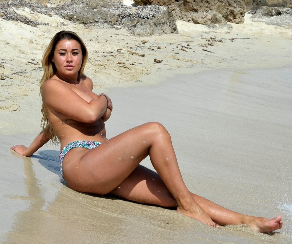Ellie Young Sexy & Topless (22 Photos)