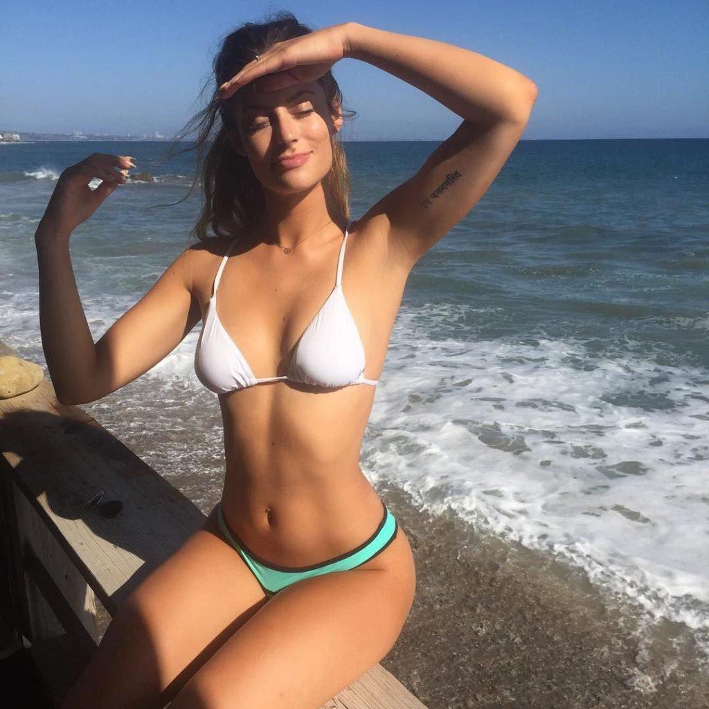 Hannah Stocking Sexy (148 Photos + Videos)