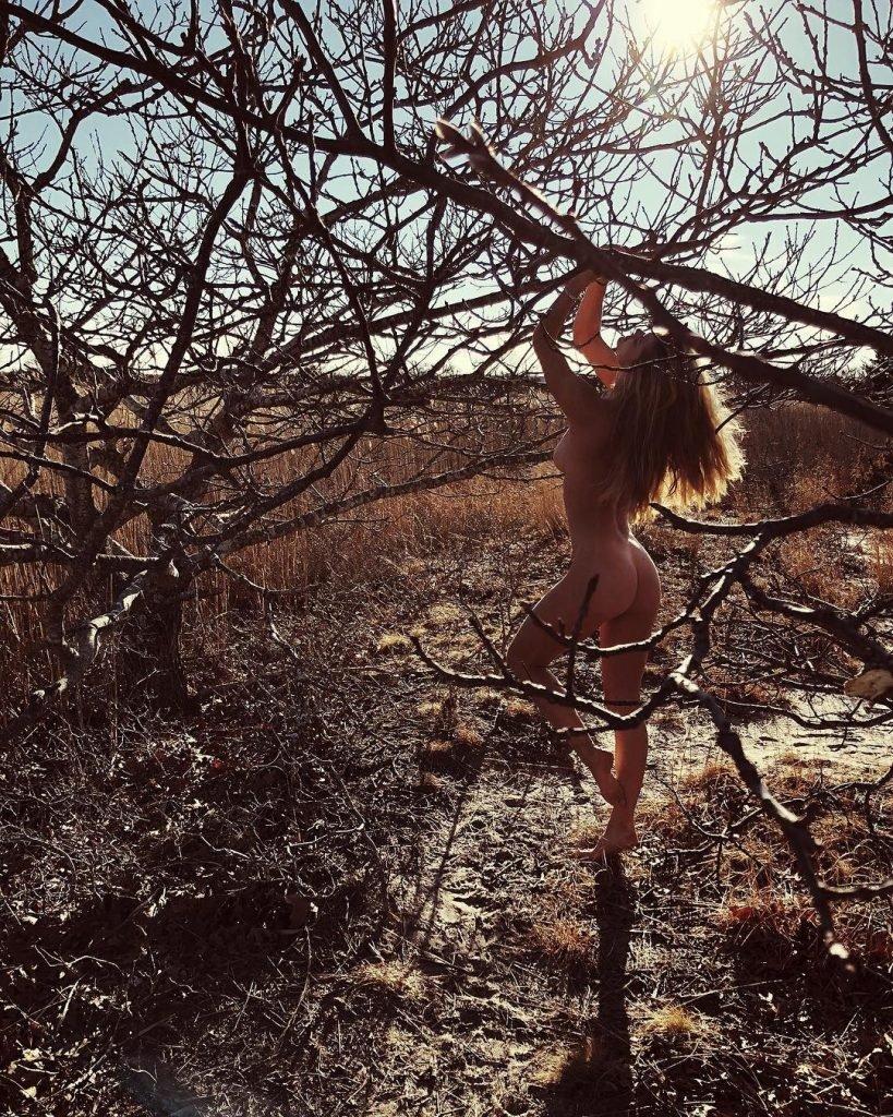 Nina Agdal Nude (1 Hot Photo)