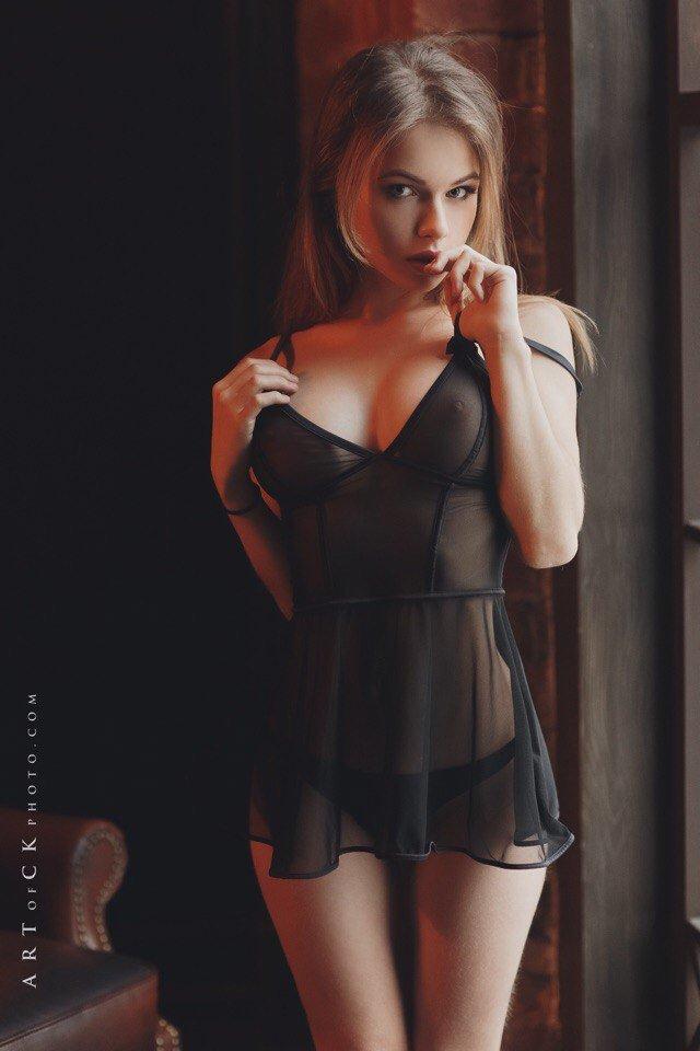 Alexandra Smelova Nude (11 Photos)