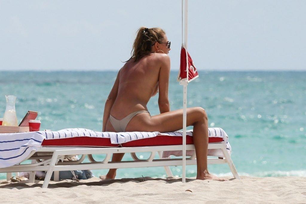 Alina Baikova Sexy & Topless (60 Photos + Gif)