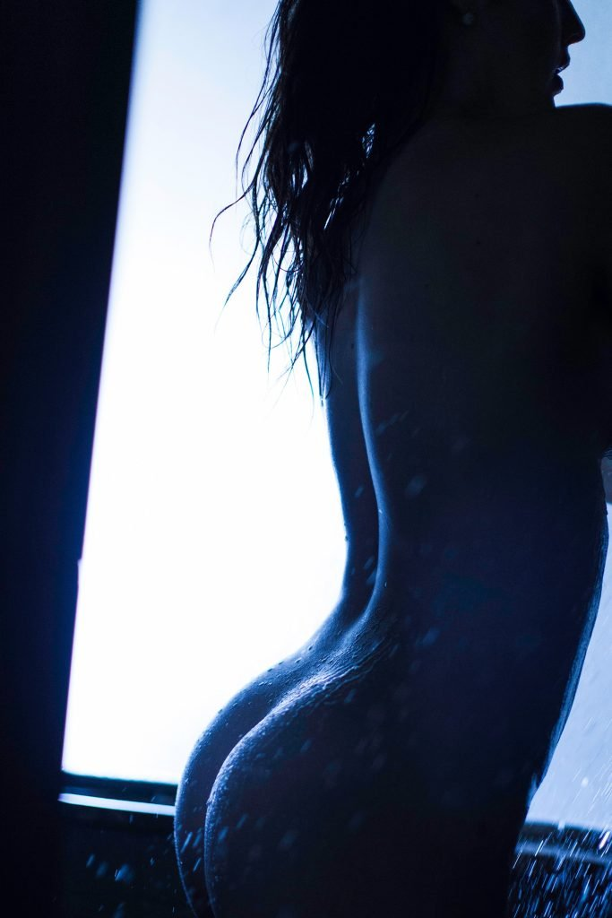Amanda Cerny Nude (12 Photos)