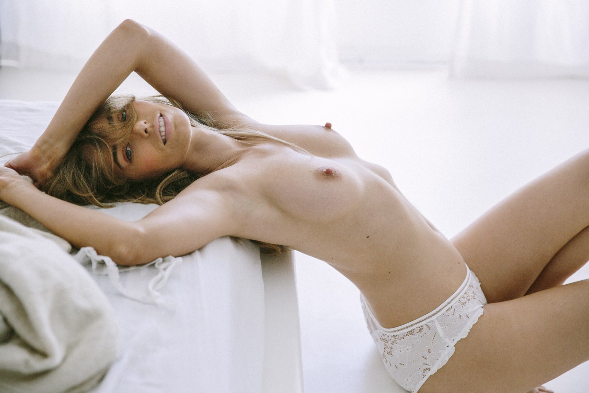 EXPOSED - Model page