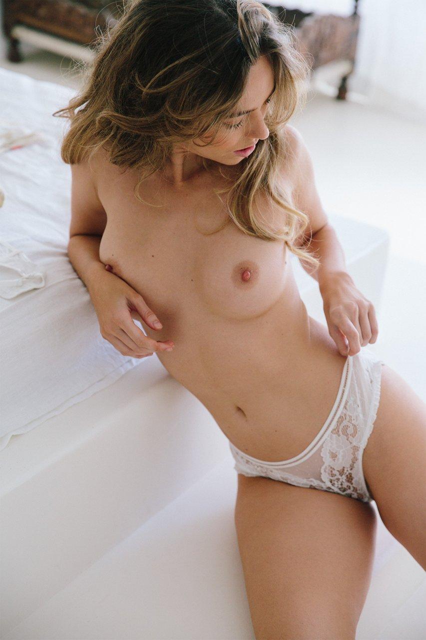 sexy nude pilar montenegro pics