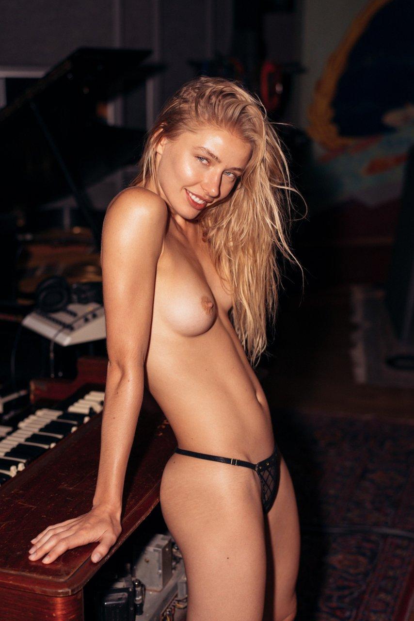 Daria Savishkina Tits nudes (37 photo)