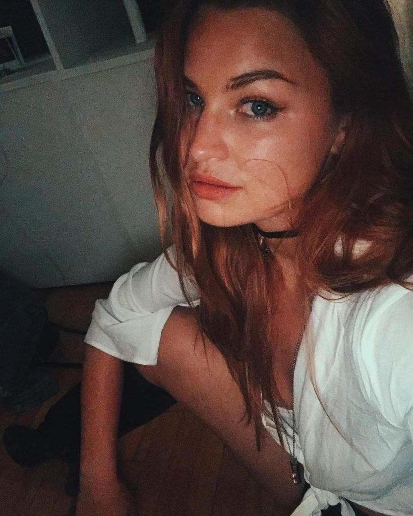 Jennifer Akerman Nude & Sexy (57 Photos + Videos)