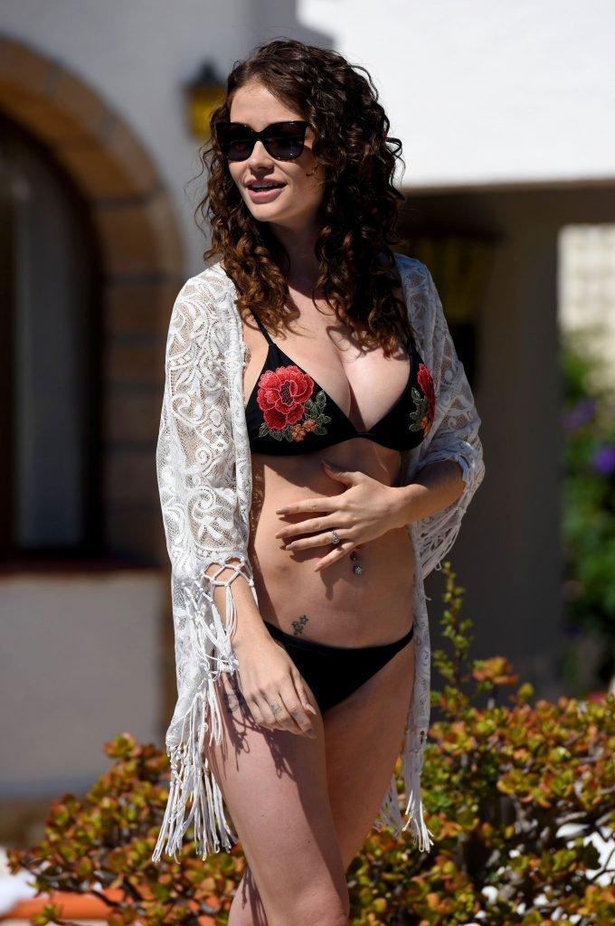 Jess Impiazzi Sexy (15 Photos)